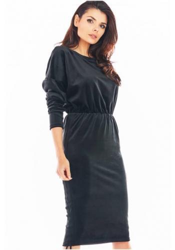 Velurové dámské šaty černé barvy s nastavitelnou délkou