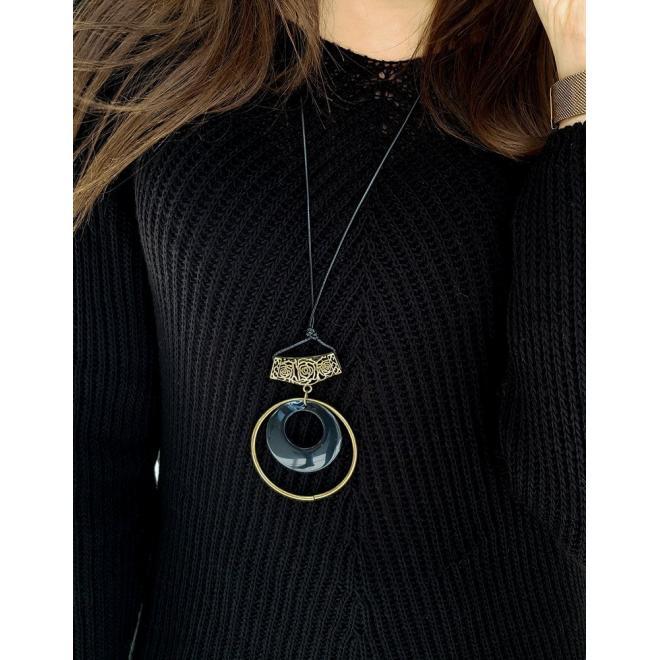 Dámský volnější svetr v černé barvě
