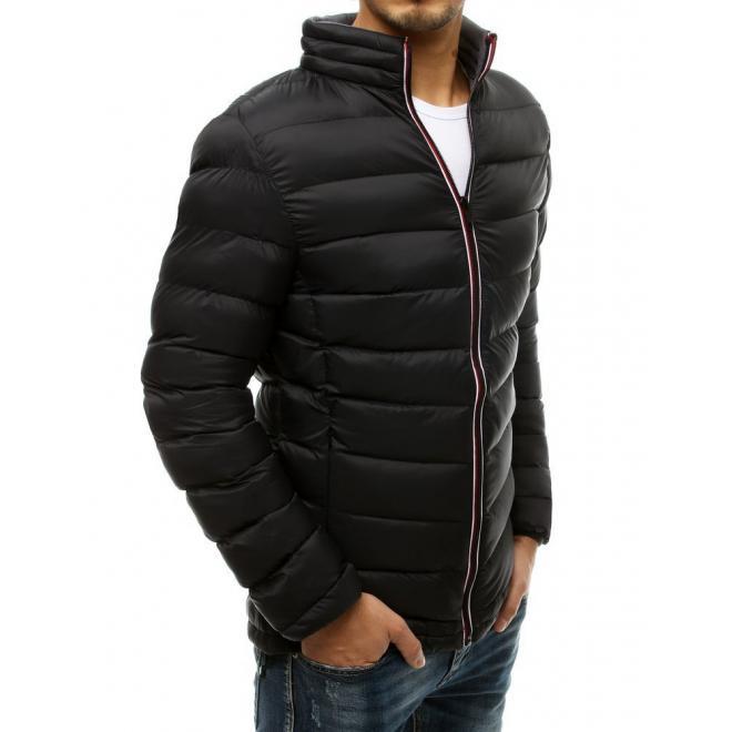 Přechodná pánská bunda černé barvy s prošíváním