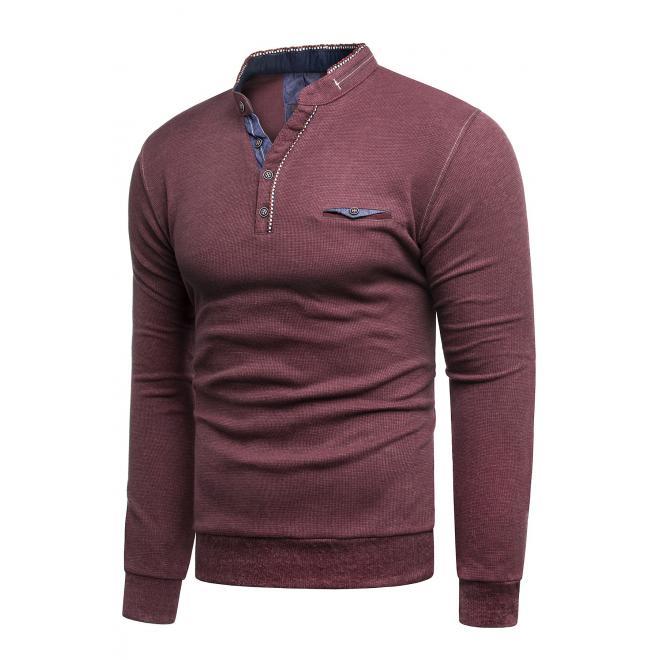 Klasický pánský svetr bordové barvy se zapínaným výstřihem