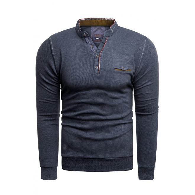 Klasický pánský svetr tmavě modré barvy se zapínaným výstřihem