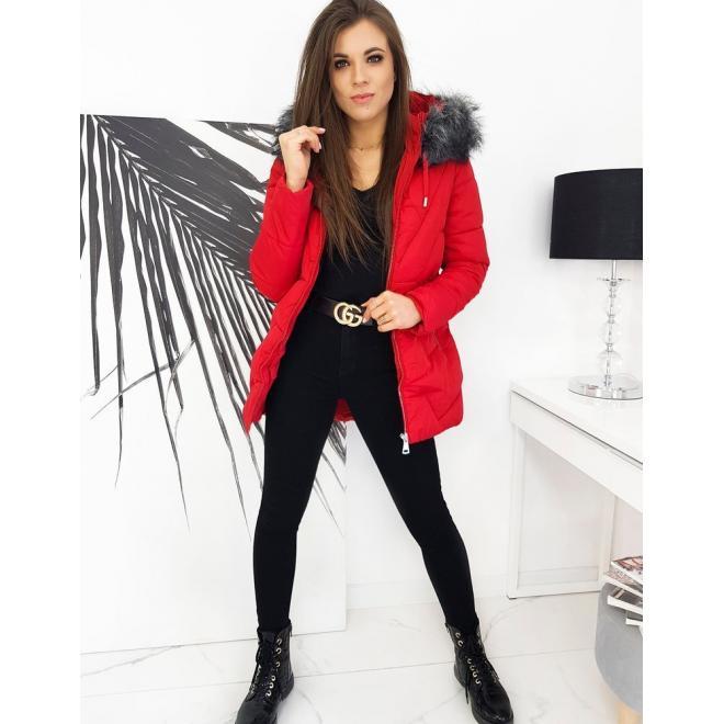Dámská prošívaná bunda na zimu v červené barvě