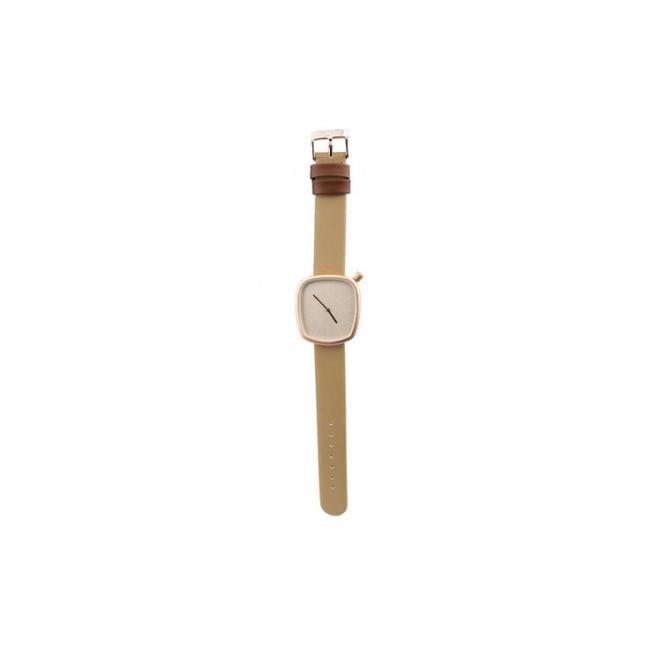 Klasické dámské hodinky béžové barvy s koženým páskem