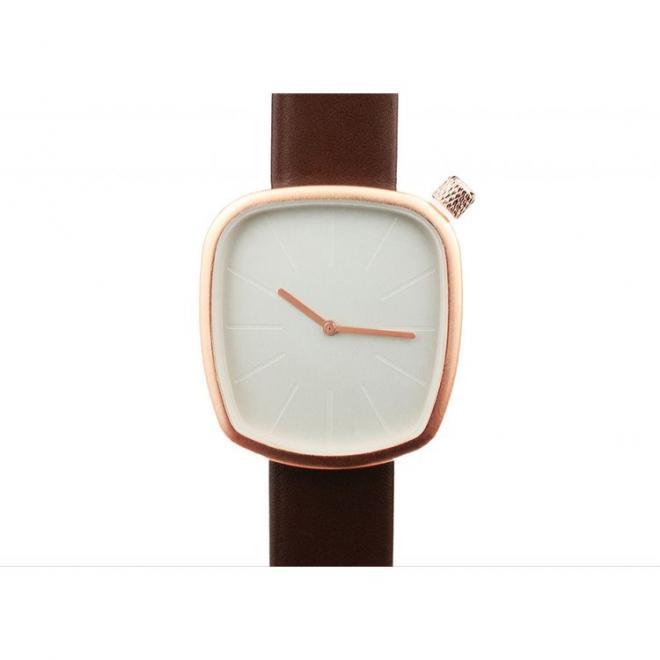 Tmavě hnědé klasické hodinky s koženým řemínkem pro dámy