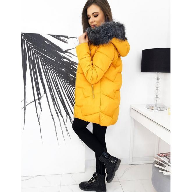 Prošívaná dámská bunda žluté barvy na zimu