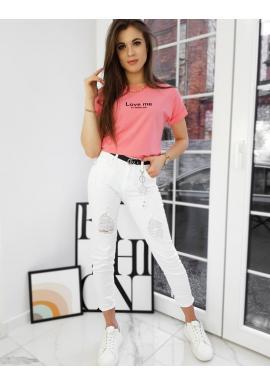 Klasické dámské tričko korálové barvy s malým nápisem