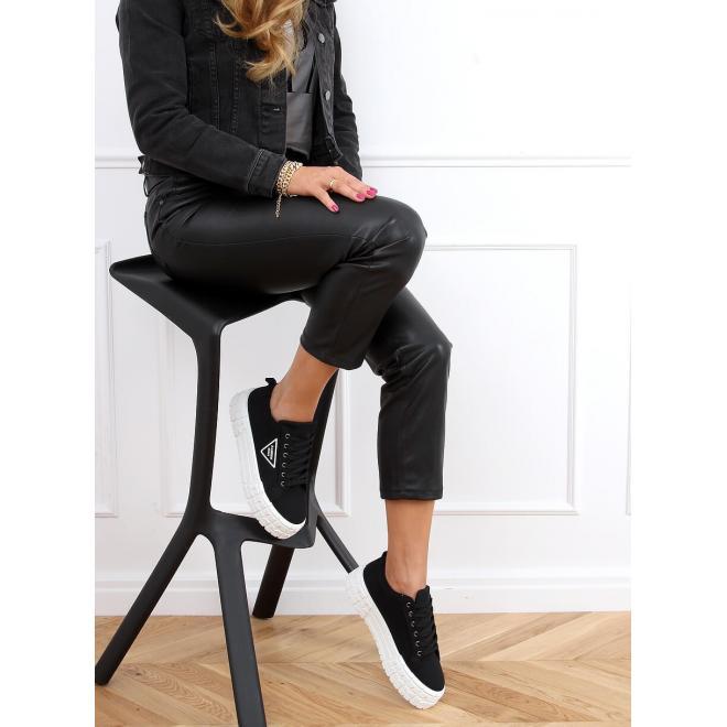 Módní dámské tenisky černé barvy s vysokou podrážkou