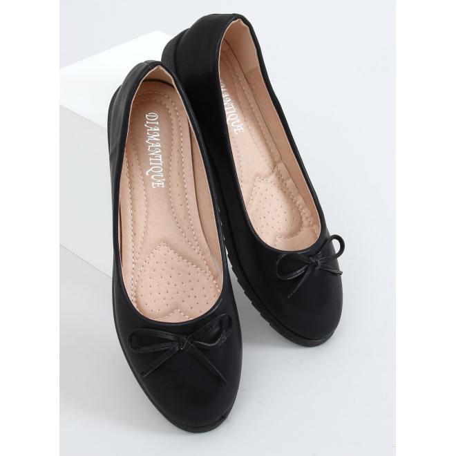 Pohodlné dámské balerínky černé barvy s mašlí