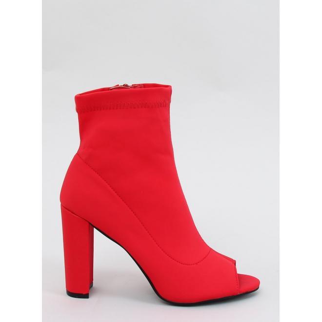 Červené elastické kozačky na podpatku s otevřenou špičkou pro dámy