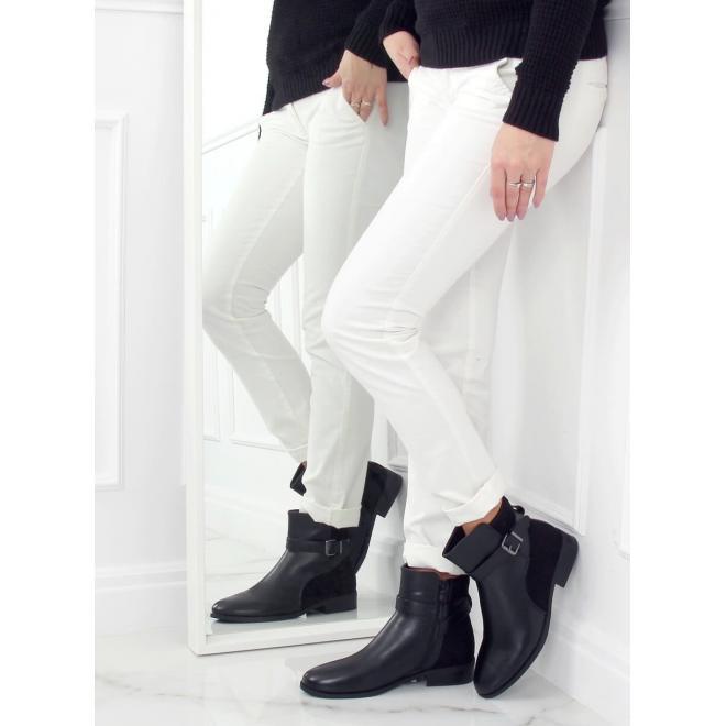 Černé kotníkové boty s přezkou pro dámy