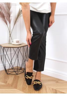 Dámské módní pantofle se zlatým řetízkem v černé barvě
