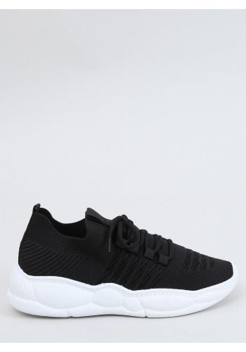 Dámské sportovní tenisky se stylovou podrážkou v černé barvě