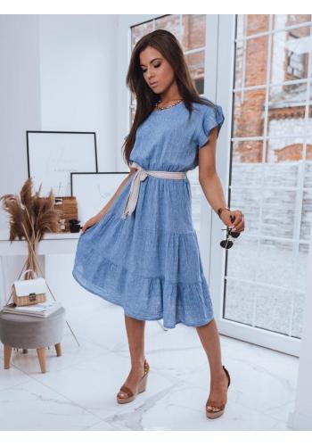 Světle modré volné šaty s páskem pro dámy