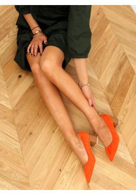 Dámské semišové lodičky na dřevěném podpatku v oranžové barvě