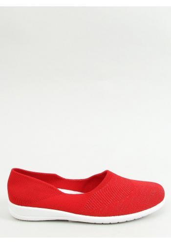 Ponožkové dámské balerínky červené barvy s ažurovým vzorem
