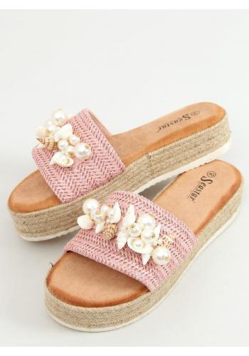 Stylové dámské pantofle růžové barvy s mušlemi