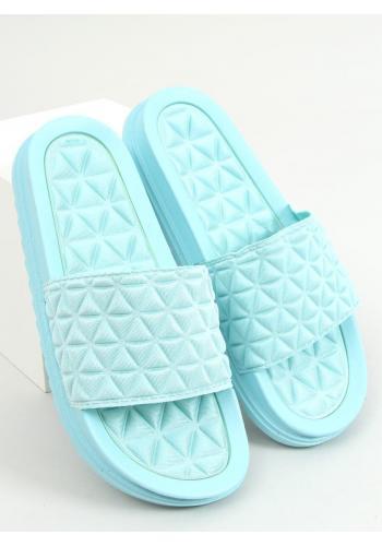 Dámské prošívané pantofle se zoubkovanou podrážkou v světle modré barvě