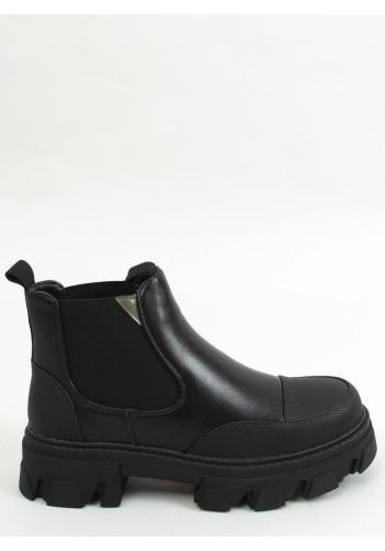 Dámské kotníkové boty s vysokou podrážkou v černé barvě
