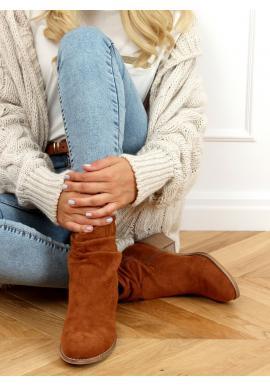 Krátké dámské kozačky hnědé barvy na nízkém podpatku