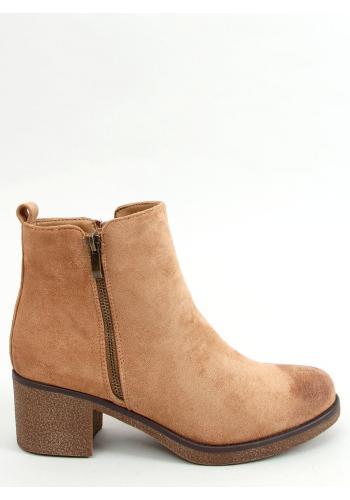 Béžové semišové boty na širokém podpatku pro dámy
