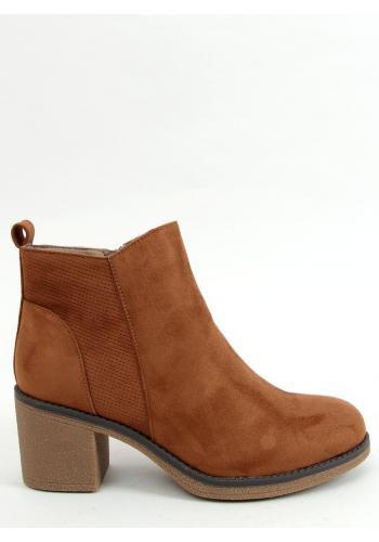 Dámské semišové boty na širokém podpatku v hnědé barvě