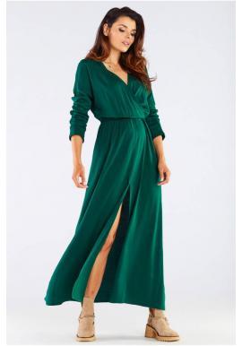 Dlouhé dámské šaty zelené barvy na podzim