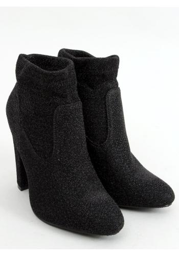 Dámské třpytivé kozačky na stabilním podpatku v černé barvě