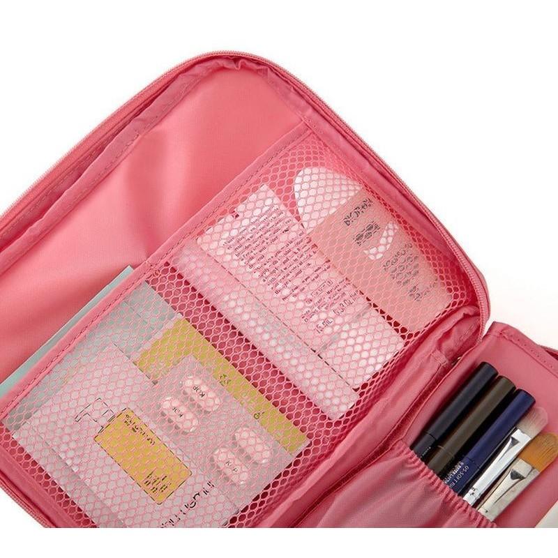 Růžová kosmetická taška s množstvím kapes