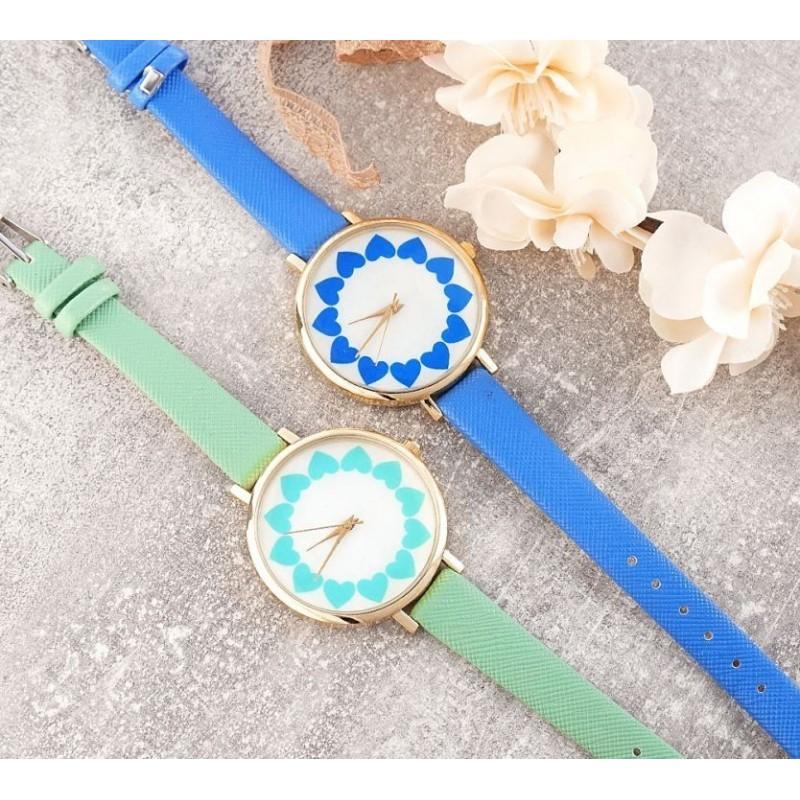 Dámské hodinky se srdíčky v modré barvě