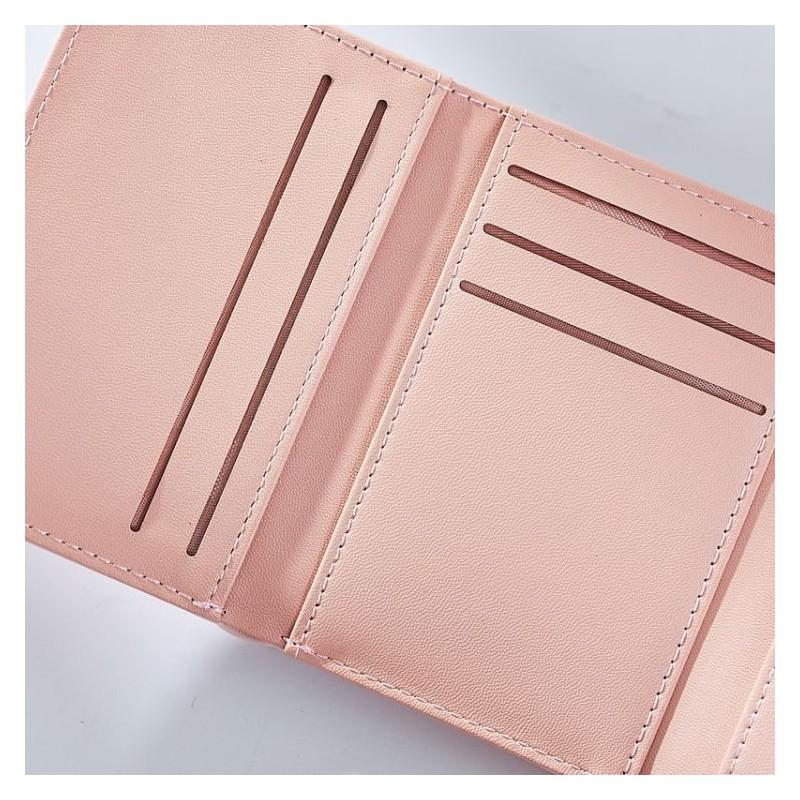Malá dámská peněženka růžové barvy