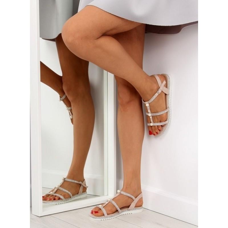 Černé zdobené sandály s bílou podrážkou pro dámy