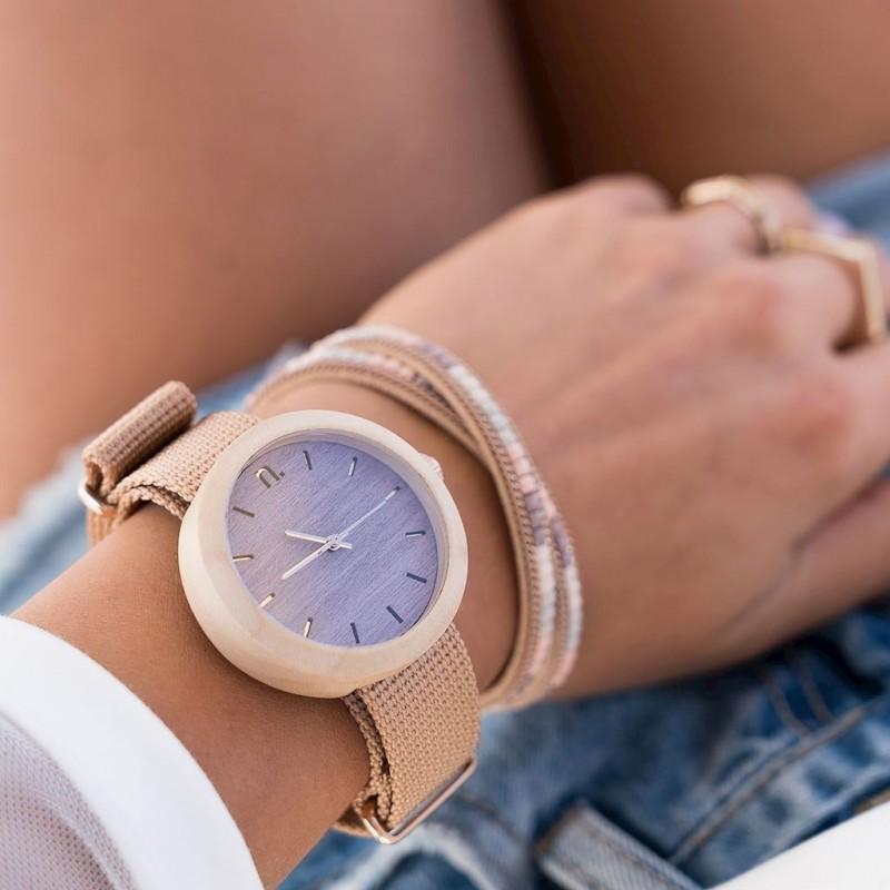 Dřevěné dámské hodinky béžovo-růžové barvy s textilním řemínkem