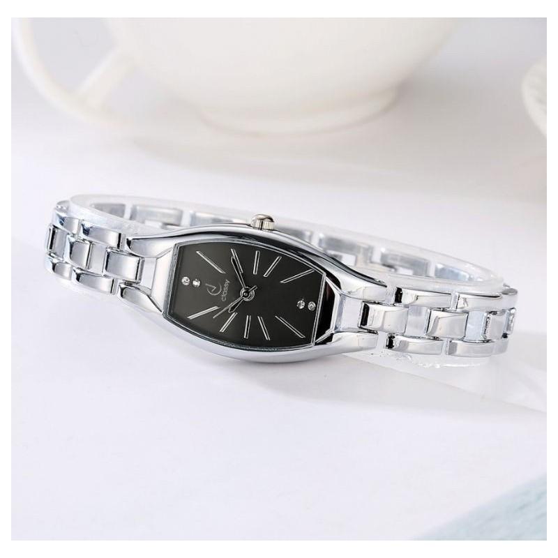 Dámské elegantní hodinky stříbrné barvy s černým ciferníkem