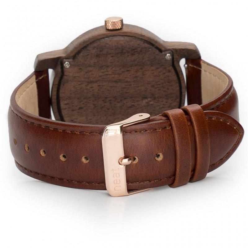 Dřevěné pánské hodinky hnědo-černé barvy s koženým řemínkem