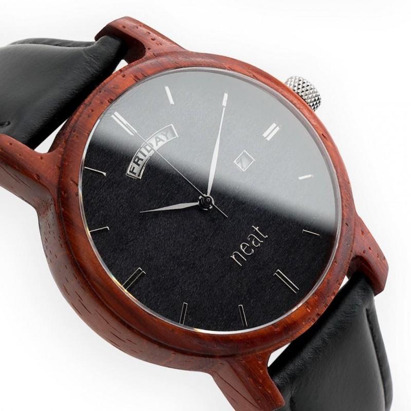 Pánské dřevěné hodinky s koženým páskem v hnědo-modré barvě